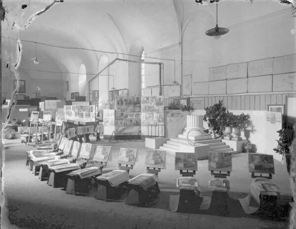 Emilio Sommariva Sala Prospettive 1920 #visual_roots #AccademiaAperta #FondPeruzzo #Weprintheguide #HistoricalPalaceView #Milan