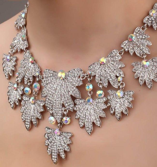 Amazing Wedding Necklace Design