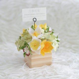 Lucky Charming Flower Pot : ดอกไม้ในกล่องไม้นำโชค มาพร้อมความหมายสุดพิเศษช่วยดึงดูดสิ่งดีๆมาสู่ชีวิตคุณ