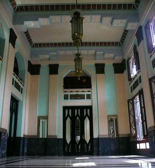 art deco, Havana, Cuba  This is a great inspiration, Black, white and celadon.