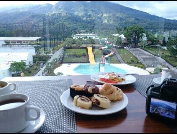 Beautiful, the food and the scenery