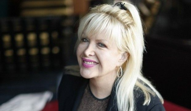 Gennifer Flowers, the woman who claimed to have had a years-long sexual relationship with Bill Clinton, has said in a new interview that he told her his wife Hillary was bisexual.  Flowers told the Daily Mail that she wasn't surprised about the rumors of an affair between Hillary Clinton and longtime aide Huma Abedin, the wife of ex-congressman and failed New York City mayoral candidate Anthony Weiner.  09-19-2013
