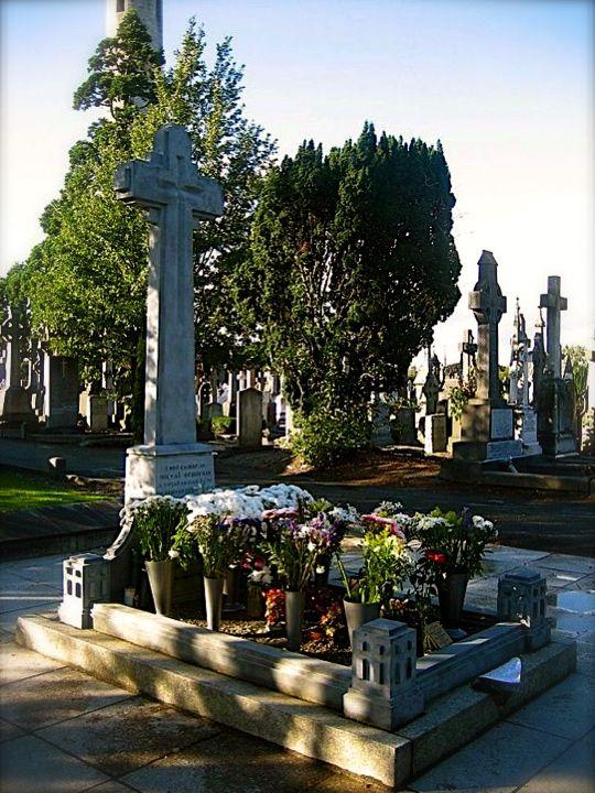 Michael Collins grave, Glasnevin Cemetery