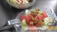 Фото к рецепту: Салат из арбуза и мидий