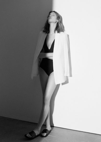 Black & white light - #editorial #fashion curated by #pepevillaverde @pepevillaverde