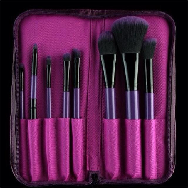 "www.furless.com.au  Furless ""Purple Power"" brush set. Cruelty Free and Vegan Friendly! (direct link to this brush set below). @Furless"