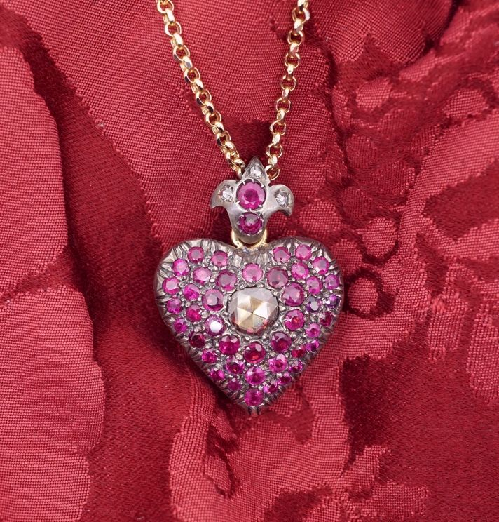 Secret heart pendant with rubies - DOGALE Jewellery Venice Italy - A unique pendant in 18 carat yellow gold and silver, pink rubies 7 kt,  central diamond 0.67 kt – on the back engraving  and emerald cabochon. The heart on the back is openable..T