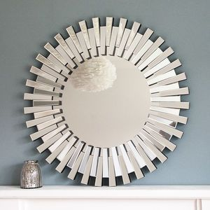 Round Glass Daisy Mirror for our living room