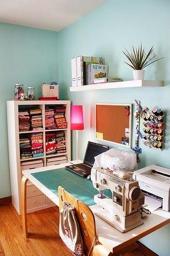 seewing room, office, Pracownia krawiecka, przechowywanie, jak urządzić, aranżacje, wyposażenie, kącik do szycia, na maszynie