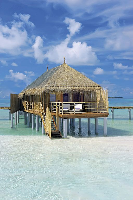 Constance Moofushi offers Cristal All-inclusive Packages