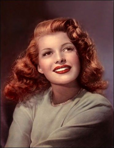 Color photo of Rita Hayworth 1940s - Born margarita carmen cansino  =  October 17, 1918 - May 14, 1987    Brooklyn, New York, USA - New York City, New York, USA