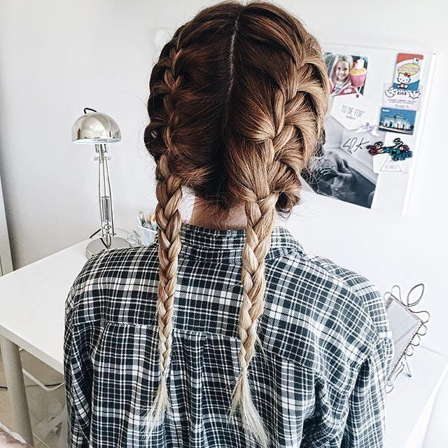 Beautiful hairstyle! YES? hombré two french braids