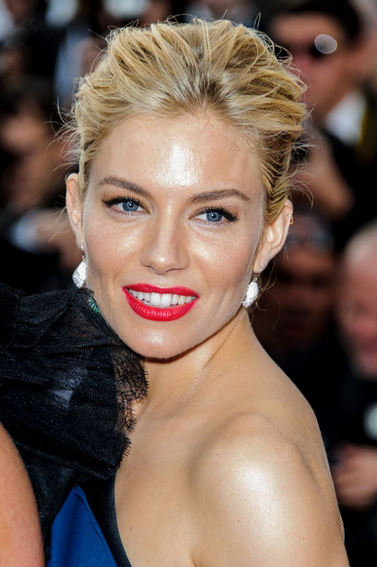 When in Cannes... look like THIS! Sienna Miller, you've done it again <3