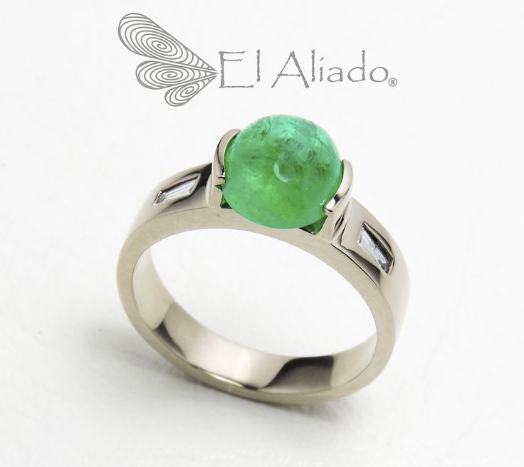 https://flic.kr/p/w1tatB | 881. Anillo en oro blanco 18 K con esmeralda Cabujon y dos diamantes baguette. | www.elaliadojoyas.com info@elaliadojoyas.com Cel. 3203066543 - 3105753129 - 3002859190 Bogotá - Colombia