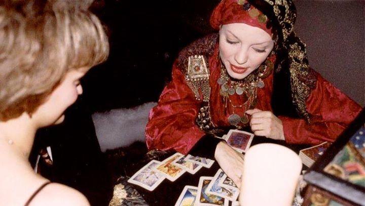 Puedes hacer tu tirada del tarot gratis aquí no lo dudes http://ift.tt/1SNyou8 #tarotgitano  Tarot en línea cartomancia gratis