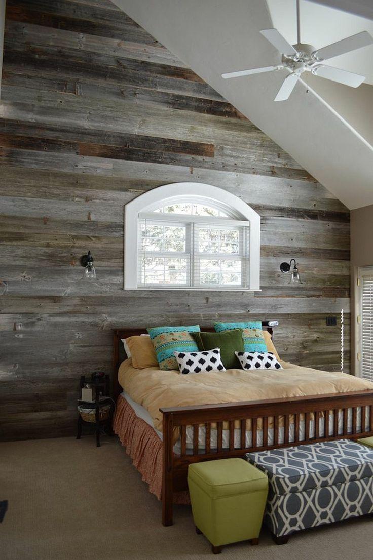 Holzwand- grau  bescheidenes Schlafzimmer Design  kleines Fenster  Schlafbett  eklektisches Interieur