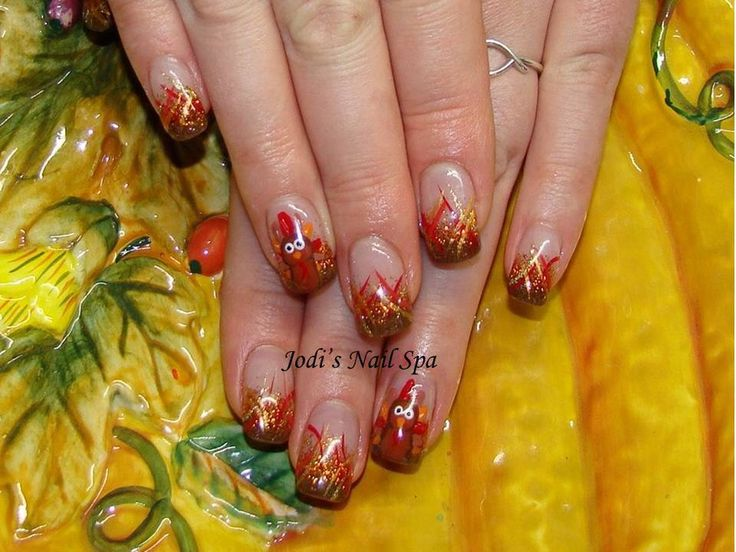 Acrylic Thanksgiving nails with glitter fade.