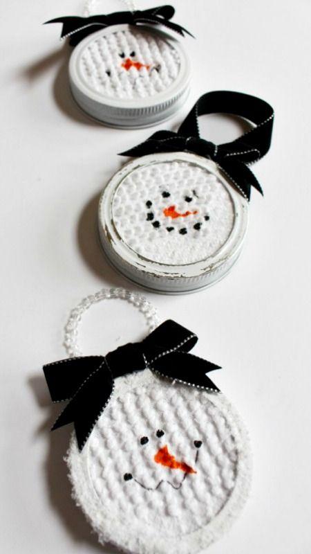 DIY Mason Jar Lid Snowman Ornaments
