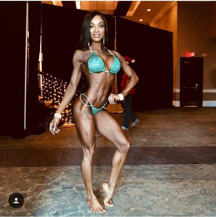 Ebenholz weibliche Fitness-Modelle