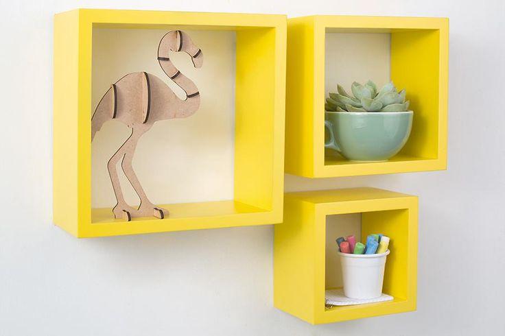 A linha coleções tá auMMMentando! Agora, no acabamento amarelo acácia, ela promete dá muito mais alegria e cor pra aquela parede vazia da sua casa ;)