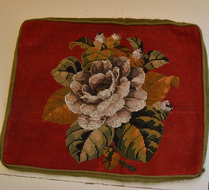 FABULOUS ANTIQUE NEEDLEPOINT WITH BERLIN WORK – R5