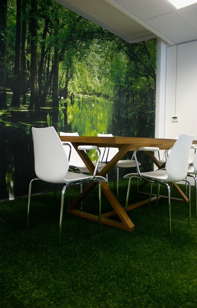 Wall installations for office interiors - easy!