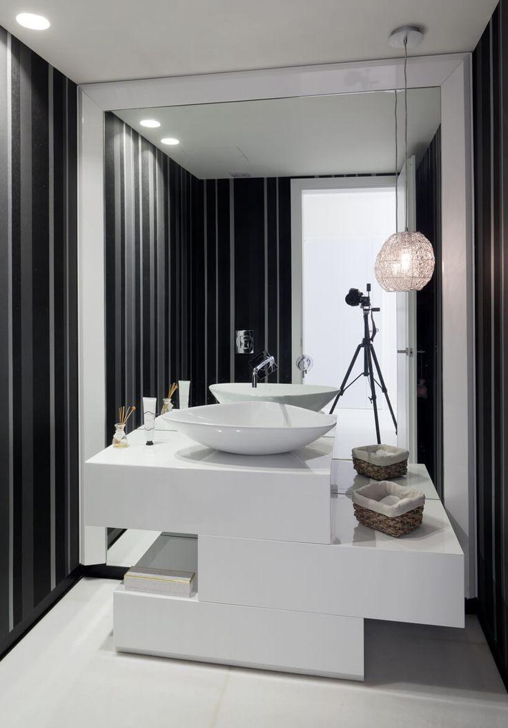 House in Savyon by Dan & Hila Israelevitz Architects