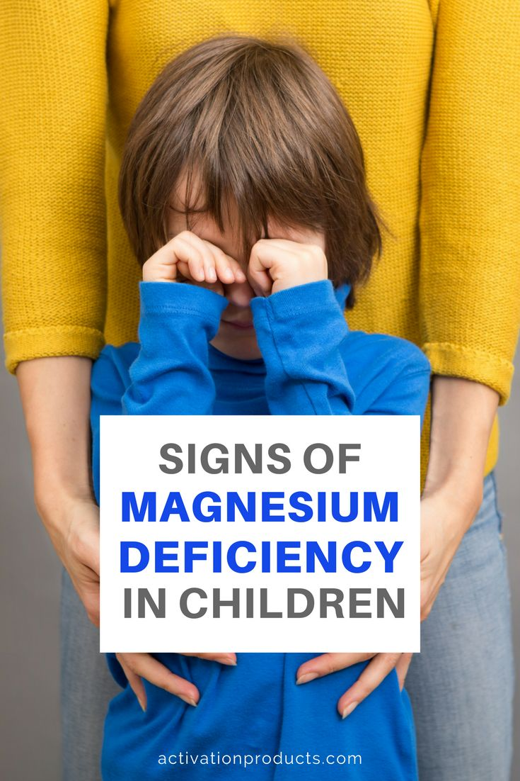 When children don't have enough magnesium in their systems, they experience many of the same symptoms as adults. Difficulty sleeping, muscle twitches and spasms, constipation and irritability are all potential symptoms you might see in a child that needs more magnesium. Getting enough magnesium is important. Long-term magnesium deficiency is linked to diabetes, kidney stones, high blood pressure, Parkinson's and restless legs syndrome.