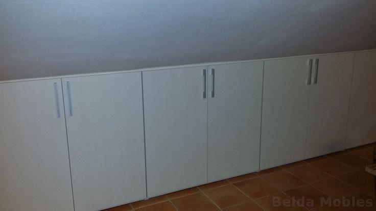 Aprovechamientos bajo cubierta de buhardillas. Con los armarios de Muebles Belda no te quedan espacios sin utilidad!!