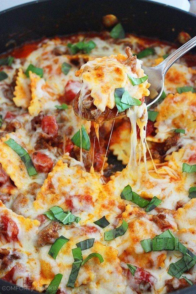 Sartén de Ravioles con queso y salchicha italiana   27 recetas para todos los amantes de la pasta