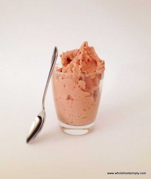 Coconut and Raspberry Mousse, 1 avocado  1 frozen banana  1 cup frozen raspberries  1 tablespoon coconut milk  Place ingredients into your blender in the order listed above, blend until smooth and well combined. Enjoy!