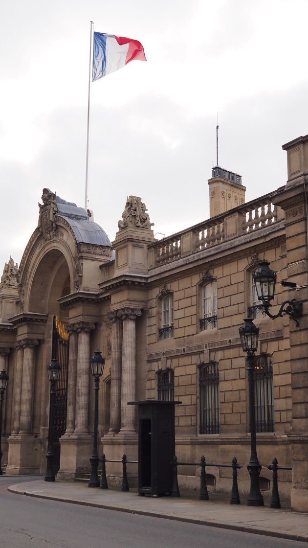 Inside Elysee Palace The French Presidential Residence That S Larger Than The White House Via Aol Lifestyle Read More Https Voyage En France Voyage Eiffel