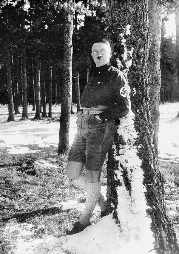 A New Biography of Hitler Separates the Man From the Myths - NYTimes.com