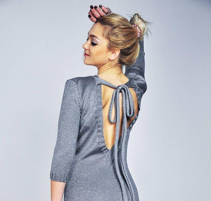 Рабочая неделя закончилась  Впереди два выходных!  Для твоих ярких вечеров точно понадобится наше серебряное #платье  #fashion #fashionknit #fashionblog #fw1718 #knit #knitting #knitwear #love #outfit #madeinukraine #handmade #kiev #girl #style #bestoftheday #вязаноеплатье #вязание #вязаниеукраина #вязаниеназаказ #платьеназаказ #трикотаж #ярмаркамастеров #стиль #мода  #всісвої #dream #своимируками #осень #lookoftheday