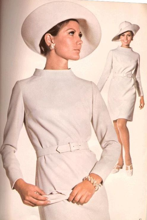 60s Fashion. And once again, I wish you could wear outfits like this now. So elegant! |Vintage fashion||1960s style||Dress|