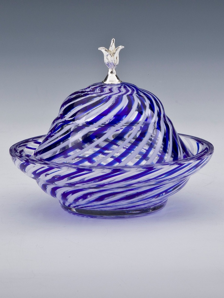 Ve benim favorim... Süper ötesi süper.... Çeşm-i Bülbül / Turkish Glass Art