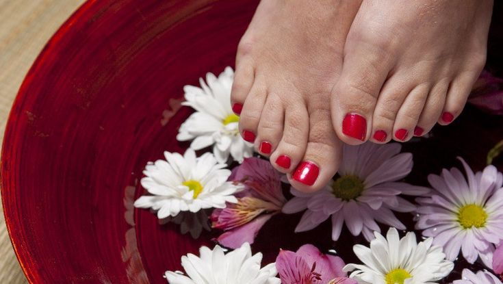Foot Bath with Antifungal Essential Oils and Salt