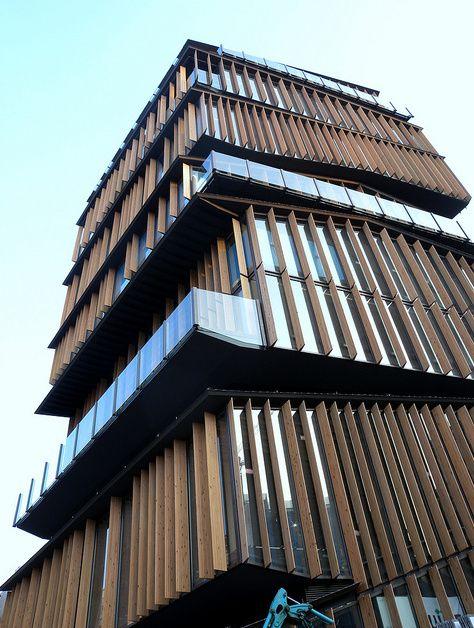 Kengo Kuma's Asakusa Culture Tourist Information Center