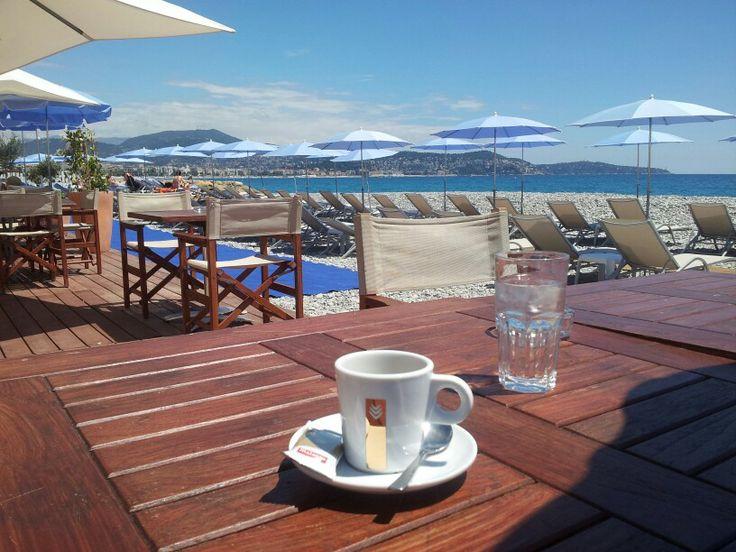 Baie des Anges. Promenade des Anglais. Nice. Cafe bleu azur...