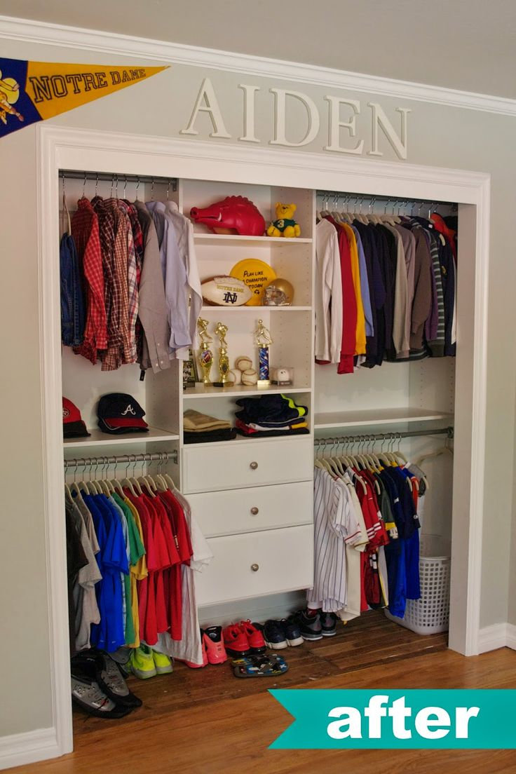 Kids Closet Organization Ideas.  LOVE NAME UP TOP.