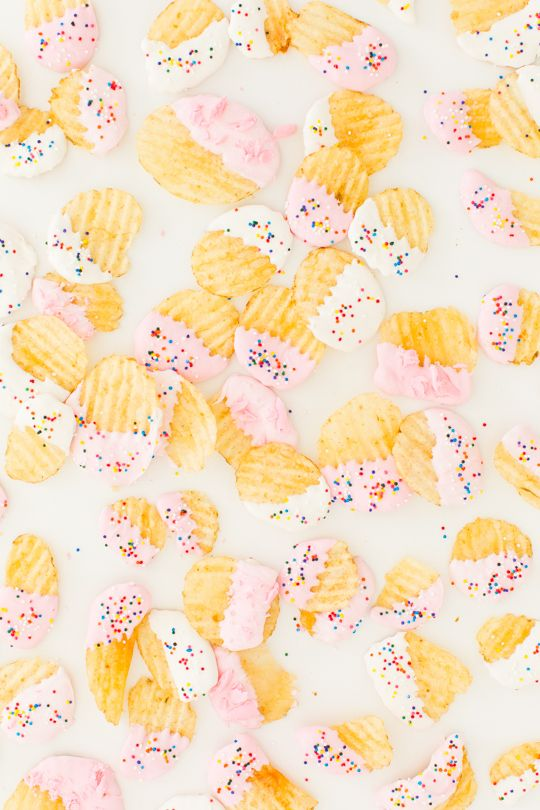 Midnight snack X 1000... funfetti-dipped potato chips!