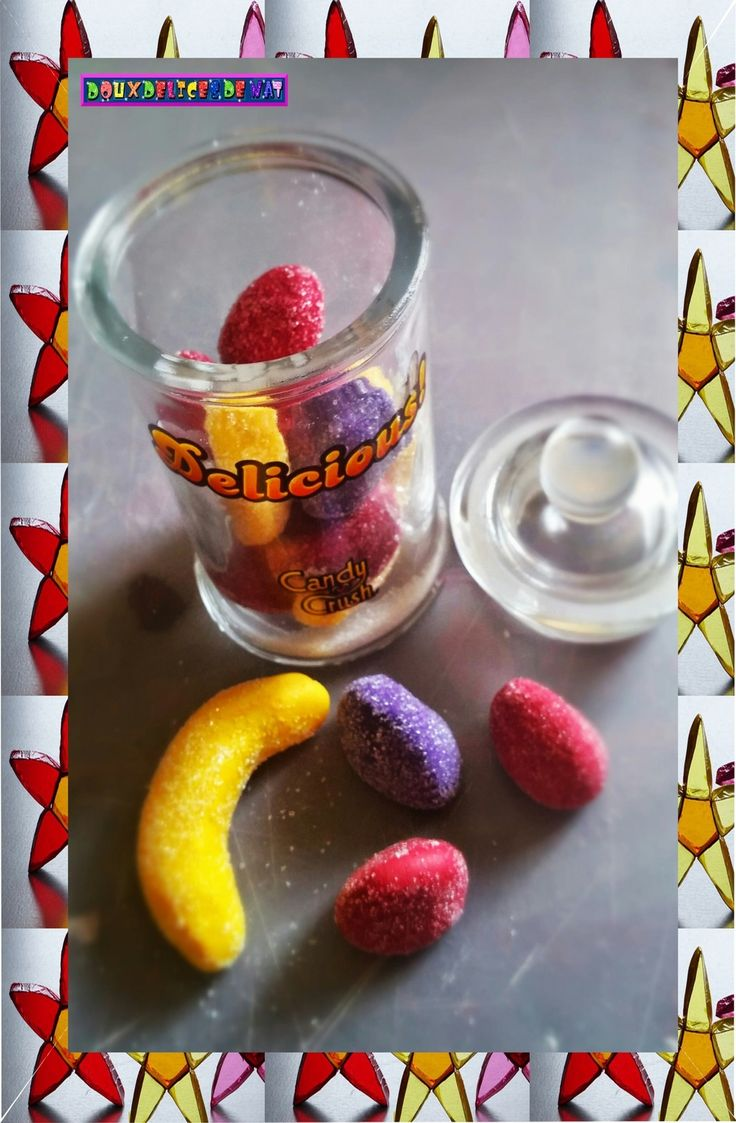 Bocal de bonbons bananes , de bonbons fraises tagada et de fraises tagada purples en fimo ...