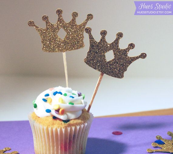 Queen cupcake picks, cute  Cupcake picks fit for a king! Decorate your upcoming party or gathering with these lovely glittered crown cupcake toppers.   This set includes 24 toppers made of sturdy gold glittered cardstock and wooden picks. Each crown has a diamond shaped keyhole cutout in the center. The toppers measure approximately 2 inches wide (at the longest points).    ✶ ✶ ✶ ✶ ✶ ✶ ✶ ✶ ✶ ✶ ✶ ✶ ✶