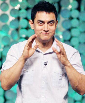 Aamir Khan is now keen on remaking Tamil film Abhiyum Naanum!
