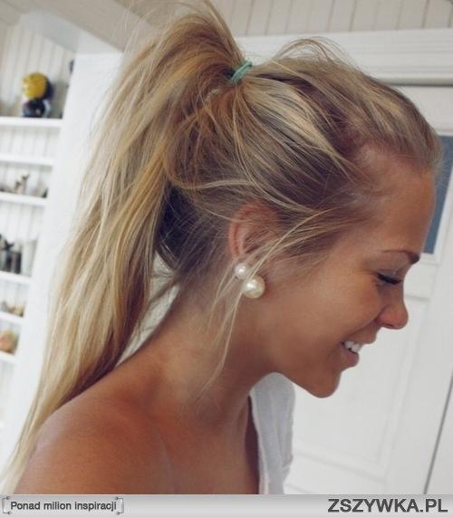 ładne włosy i ta opalenizna ^^