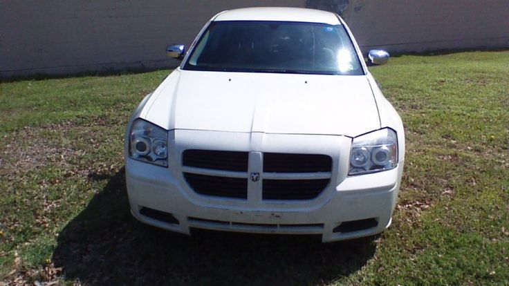 2005 Dodge Magnum  BUY HERE PAY HERE,BAD CREDIT NO CREDIT WE FINANCE105000 mile  excellent condition  90 day warranty  car fax...