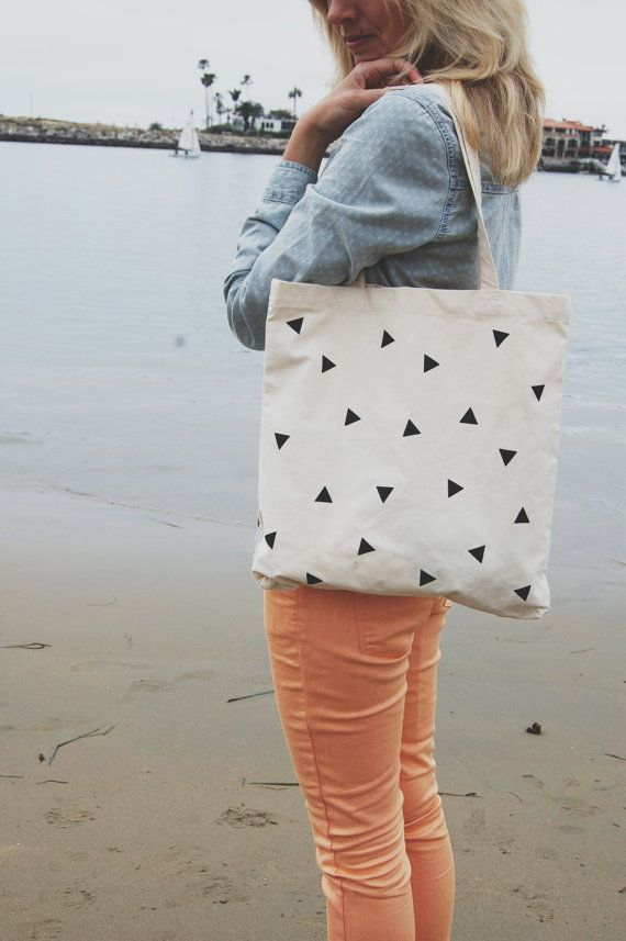Scattered Triangle Tote Bag