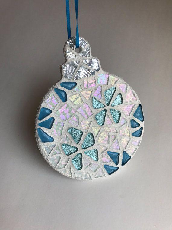 25+ unique Mosaic crafts ideas on Pinterest | Mosaic ideas ...