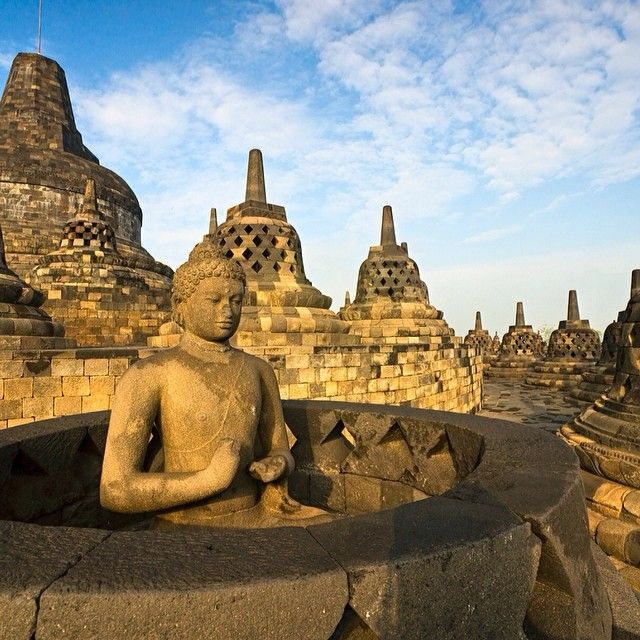 Borobudur Temple, the world's biggest Buddhist monument. make sure that you are visiting this place by make your own itinerary at getourguide.com. @getourguide cat cat on Instagram
