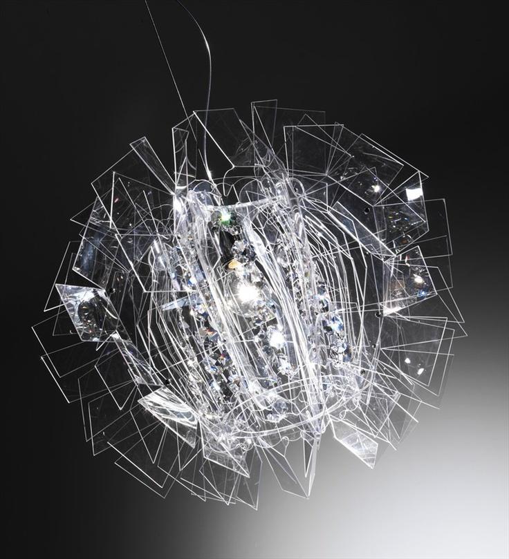 Pendant #lamp CRAZY DIAMOND by @Slamp | The Leading Light  | #design Luca Mazza